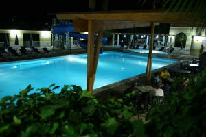 piscina-notturna