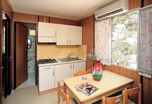 porticello-villaggi-bungalow-residence-cucina
